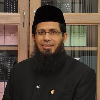 Prof Amin
